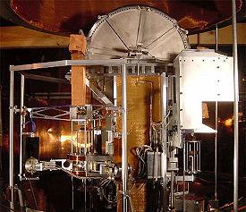 kilo y cuantica Watt_balance,_large_view