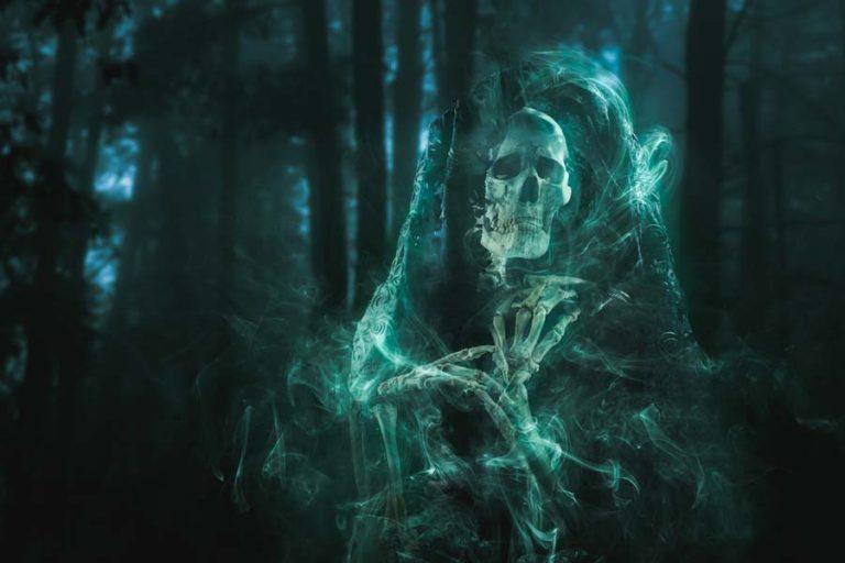 fantasma-esqueleto-768x512
